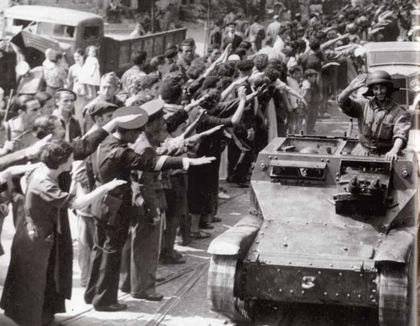 Resultado de imagen de las tropas entran en santander